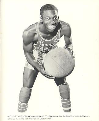 Hubert Ausbie (Ozzie) Harlem Globetrotters Original Press Photo / Wire Photo 8x10