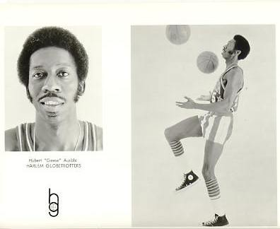 "Hubert Ausbie ""Geese"" Harlem Globetrotters Original Press Photo / Wire Photo 8x10"