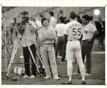 Orel Hershiser LA Dodgers 1988 Original Press Photo / Wire Photo w/ Photographer Stamp on Back 8x10