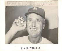 Walt Alston LA Dodgers 1959 World Series Original Press Photo w/ Sporting News Sticker on Back Corner Creases 7x9