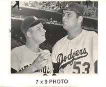 Don Drysdale LA Dodgers 1963 Original Press Photo w/ Sporting News Sticker on Back Slight Creases 7x9