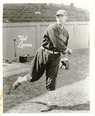 Ted Lyons Chicago White Sox LIMITED STOCK 8X10 Photo