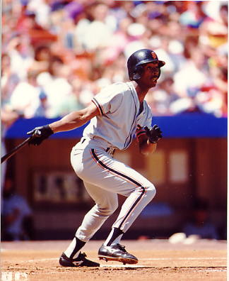 Willie McGee San Francisco Giants LIMITED STOCK 8X10 Photo