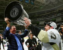 Mario Lemieux and Sidney Crosby with Cup 2016 Stanley Cup Champs Pittsburgh Penguins SATIN 8x10 Photo
