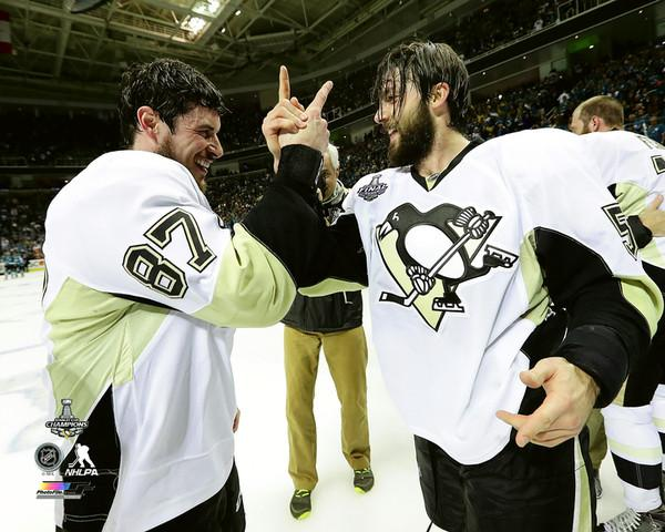 Sidney Crosby & Kris Letang Celebrate Game 6 2016 Stanley Cup Champs Pittsburgh Penguins SATIN 8x10 Photo