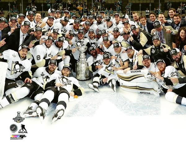 Penguins Team On Ice Celebrate 2016 Stanley Cup Champs Pittsburgh Penguins SATIN 8x10 Photo