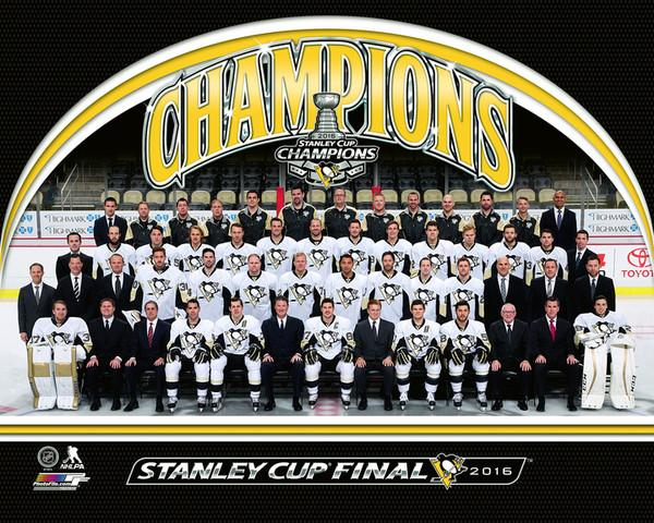 Penguins Team Sit Down 2016 Stanley Cup Champions Pittsburgh Penguins SATIN 8x10 Photo