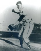 Red Schoendienst Milwaukee Braves LIMITED STOCK 8X10 Photo