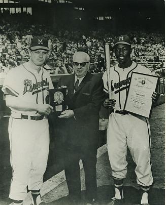 Hank Aaron & Eddie Matthews Milwaukee Braves LIMITED STOCK 8X10 Photo