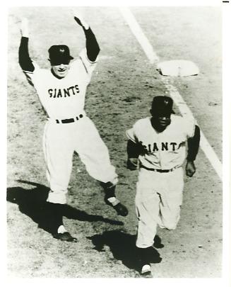 Willie Mays & Leo Durocher New York Giants Slightly Blurry LIMITED STOCK 8X10 Photo