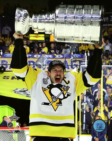 Sidney Crosby with Cup 2017 Stanley Cup Champs Pittsburgh Penguins SATIN 8x10 Photo