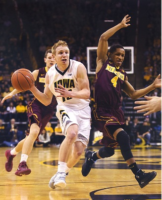 Mike Gesell Iowa Hawkeyes LIMITED STOCK 8X10 Photo