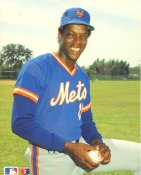Dwight Gooden New York Mets Glossy Card Stock 8X10 Photo