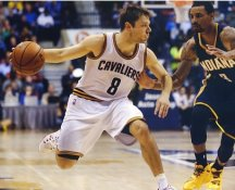 Matthew Dellavedova Cleveland Cavs LIMITED STOCK 8X10 Satin Photo