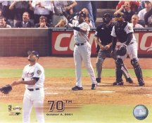 Barry Bonds 70th Home Run Oct. 4, 2001 San Francisco Giants 8X10 Photo LIMITED STOCK