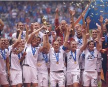 Christie Rampone, Amy Rodriguez, Meghan Klingenberg 2015 Team USA Women's Soccer World Cup Champions LIMITED STOCK Satin 8X10 Photo