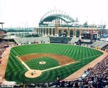 Old Milwaukee Stadium Milwaukee Brewers 8X10 Photo