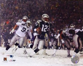 Tom Brady LIMITED STOCK 2002 Playoffs vs. Raiders 8X10 Photo