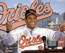 Sammy Sosa Press Conference LIMITED STOCK Baltimore Orioles 8X10 Photo