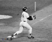 Reggie Jackson 1977 World Series Game 6 3rd HR 8X10 Photo LIMITED STOCK  (Photo has hologram)