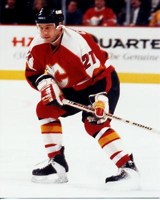 Steve Chaisson 2 Calgary Flames 8x10
