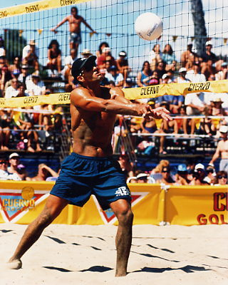 Ricci Luyties 8X10 Volleyball Photo