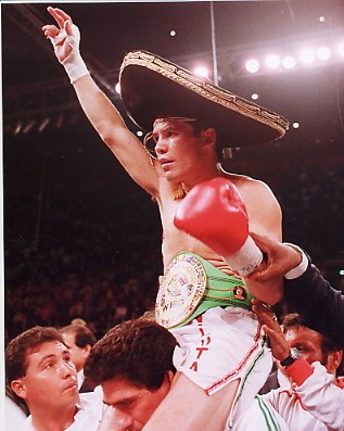 Julio Ceasar Chavez Boxing 8x10 Photo