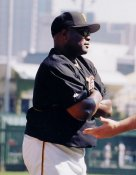 Lloyd McLendon  Pittsburgh Pirates 8x10 Photo