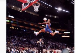 Nate Robinson Slam Dunk 2006 All-Star Game 8x10 Photo LIMITED STOCK