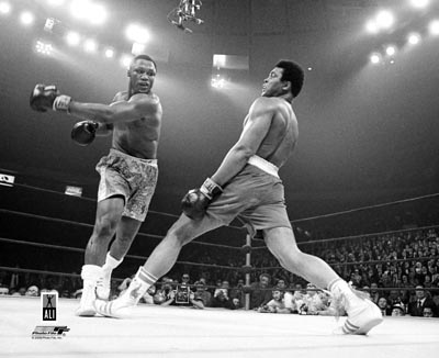 Muhammad Ali vs. Joe Frazier LIMITED STOCK Boxing SATIN 8x10 Photo