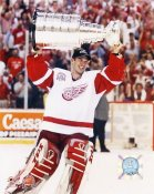 Dominik Hasek 2002 Stanley Cup LIMITED STOCK 8x10 Photo
