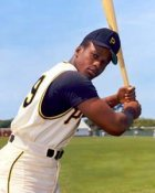 Al Oliver Pittsburgh Pirates 8X10 Photo