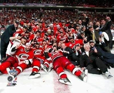 Carolina 2006 Stanley Cup Champs Celebration Hurricanes Team 8x10 Photo