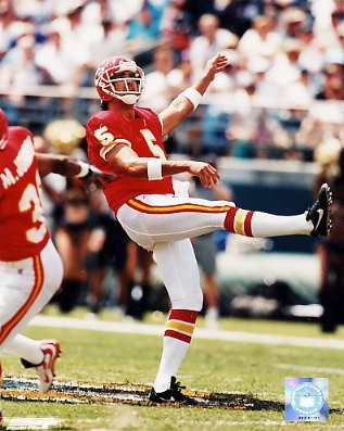 Louie Agular Kansas City Chiefs 8X10 Photo