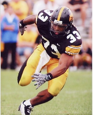 Bob Sanders LIMITED STOCK Iowa Hawkeyes 8x10 Photo