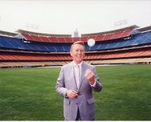 Vin Scully LA Dodgers 8x10 Photo