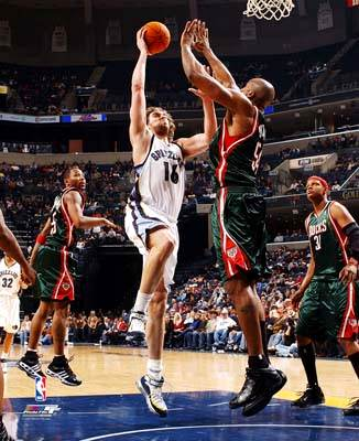 Pau Gasol Memphis Grizzlies 8X10 Photo LIMITED STOCK