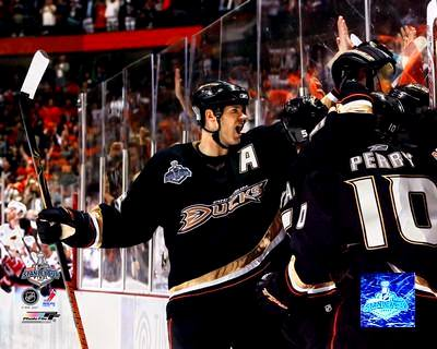 Chris Pronger Ducks 2007 Stanley Cup Game 1 8x10 Photo