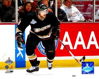 Teemu Selanne 2007 Stanley Cup Game 2 LIMITED STOCK 8x10 Photo