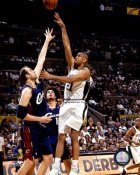 Tim Duncan 2007 Finals Game 2 Spurs 8X10 Photo LIMITED STOCK