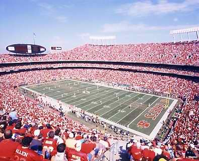 E3 Arrowhead Stadium KC Chiefs 8X10 Photo   LIMITED STOCK