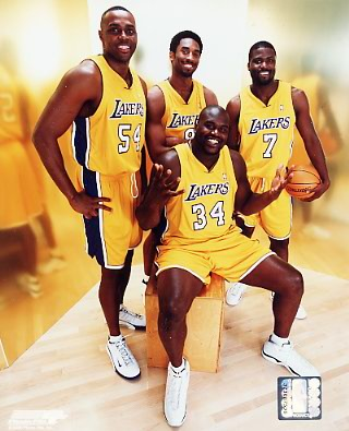 Lakers 2000 Los Angeles Group Shot 8X10 Photo LIMITED STOCK