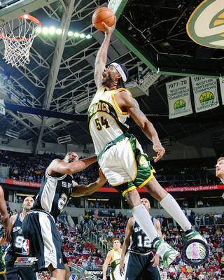 Chris Wilcox Seattle Sonics 8x10 Photo LIMITED STOCK