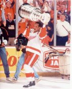 Steve Yzerman with Cup Red Wings 8x10 Photo