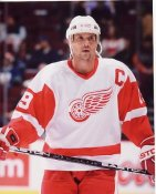 Steve Yzerman Detroit Red Wings 8x10 Photo