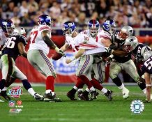 Eli Manning LIMITED STOCK Super Bowl 42 Scramble 8X10 Photo