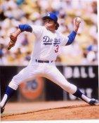 Fernando Valenzuela Los Angeles Dodgers 8X10 Photo