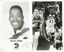 Kevin Willis Hawks Team Issue Photo 8x10
