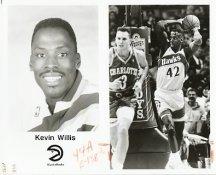 Kevin Willis Hawks Team Issue Photo 8x10