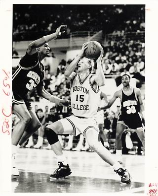 Bill Curley Pistons Team Issue Photo 8x10